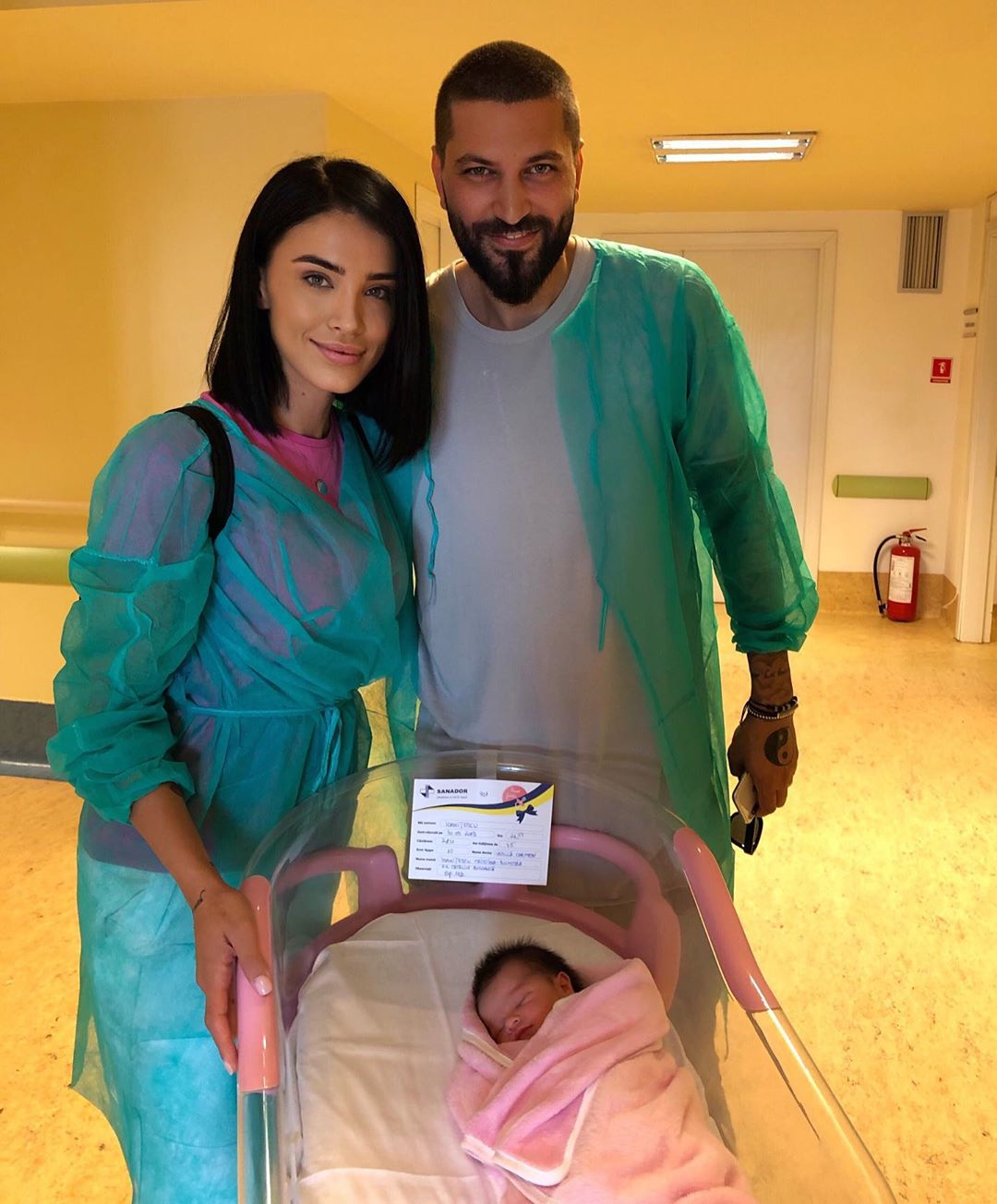 Vedeta a mai botezat doi copii: o fată și un băiat