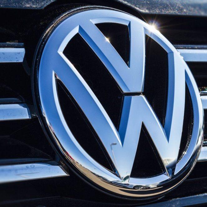 Aradul ar putea să găzduiască viitoarea fabrică Volkswagen