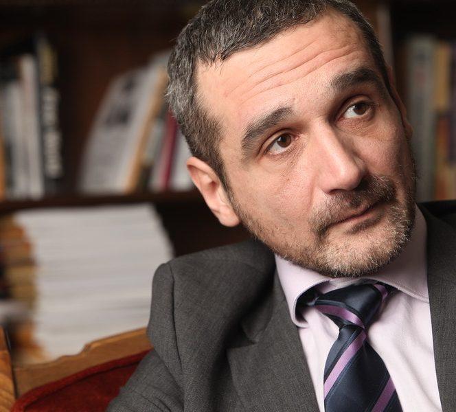 Atac dur la USR din partea analistului politic Sebastian Lăzăroiu