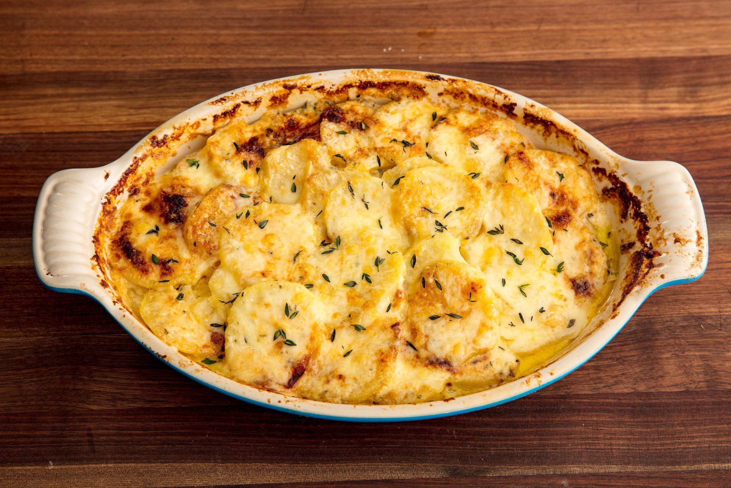 cartofi franțuzești la cuptor