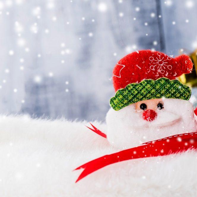 Câte zile libere vor avea românii de Crăciun și Revelion 2020