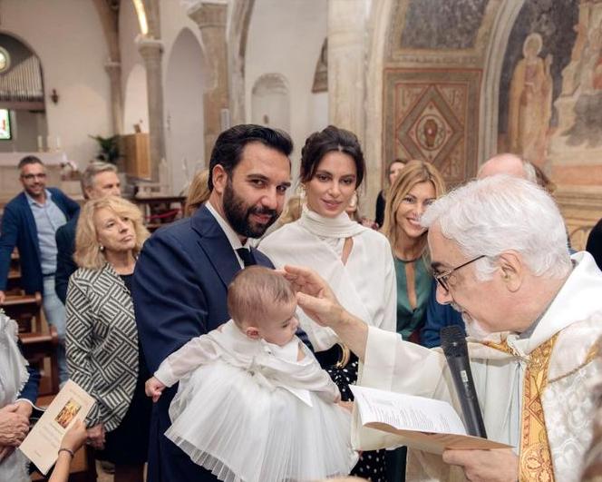 Catrinel Menghia și-a botezat fata