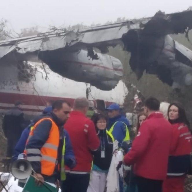 Cel puțin cinci morți, după ce un avion de marfă s-a prăbușit în Ucraina. Avion