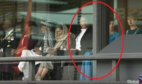 Carmen Iohannis a SOCAT pe toata lumea! Asa ceva...Cum a aparut in Japonia, la ceremonia de intronare a imparatului