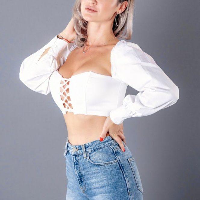 Nicoleta Dragne a acceptat provocarea Like a Star, noua emisiune a Gabrielei Cristea. Sursa foto: viva.ro