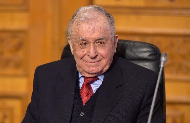 Ion Iliescu, internat la spital! Ion Iliescu