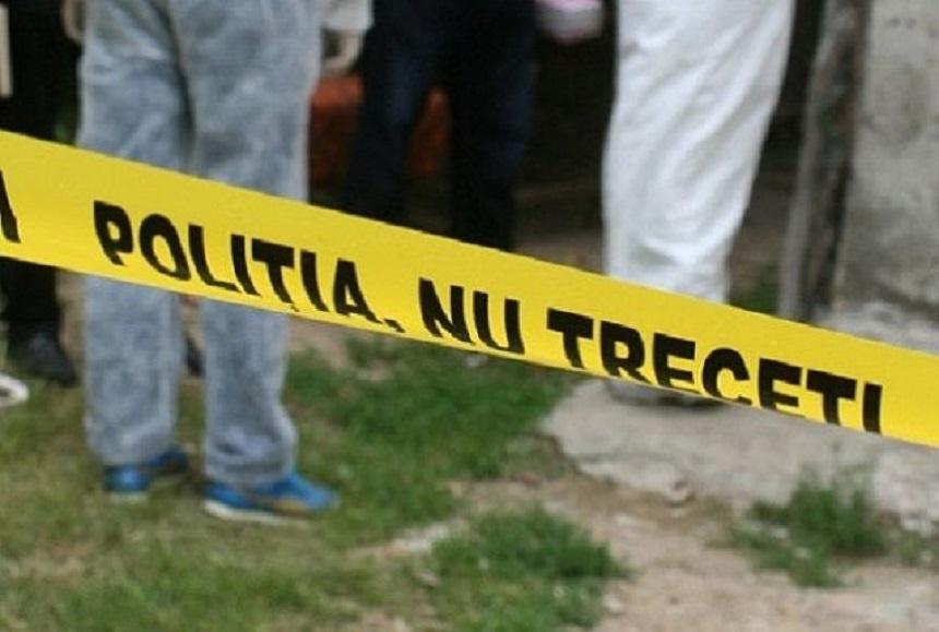 O pensionară din Botoșani s-a spânzurat de dorul soțului ei
