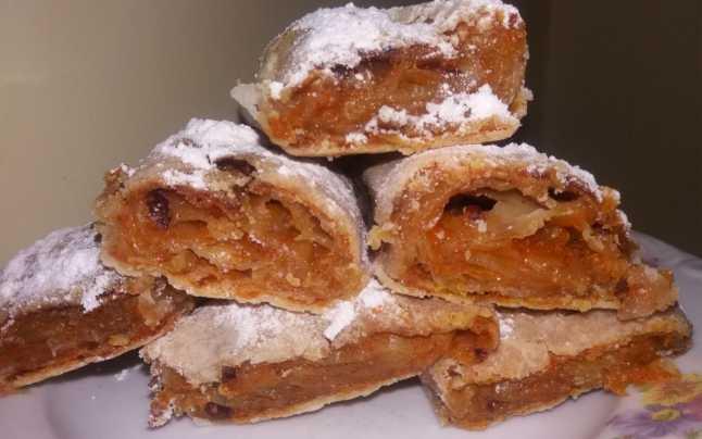 FANATIK îți spune cum să prepari cea mai bună plăcintă cu dovleac. Sursa foto: adevarul.ro