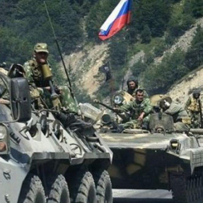 Rusia pregăteşte o agresiune militară pe scară largă în Ucraina