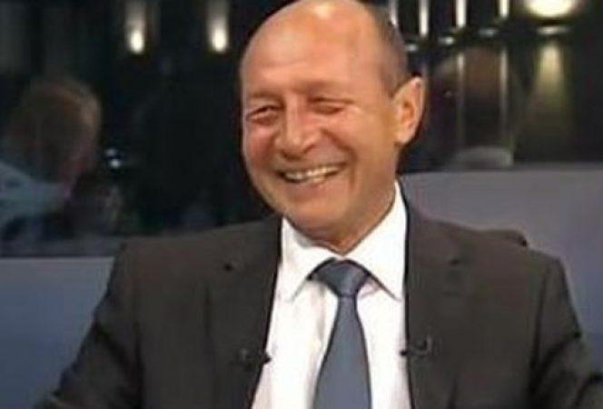 Traian Băsescu, toate tunurile pe Dan Barna! Traian Băsescu