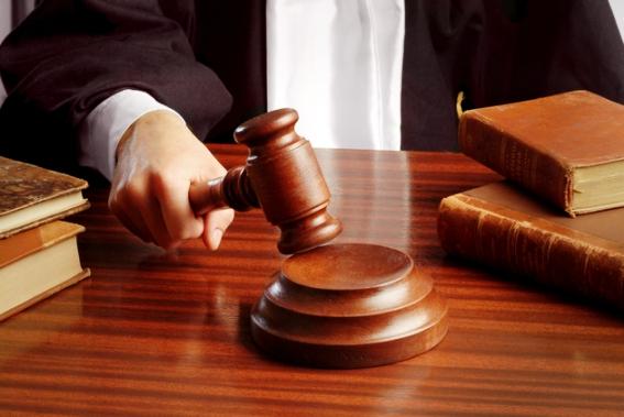 Un judecător thailandez s-a împușcat în sala de tribunal