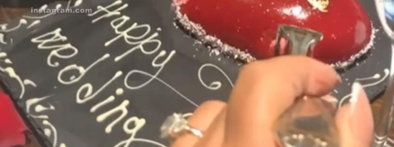 Syda se pare că și-a cerut iubita în căsătorie