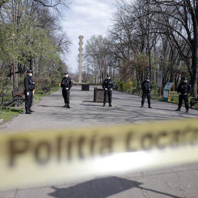 Parcuri închise în Bucureşti din cauza coronavirusului! Sursa Foto: INQUAM Photos / George Călin