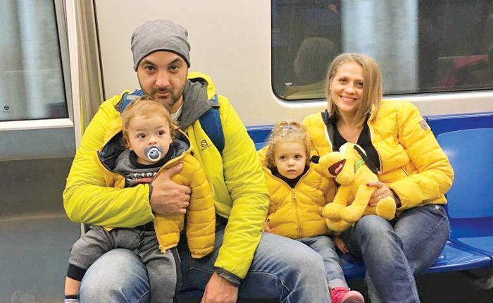 Mirela Vaida, soțul Alexandru și doi dintre copii