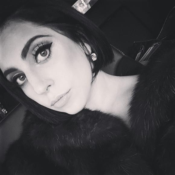 Lady Gaga bruneta